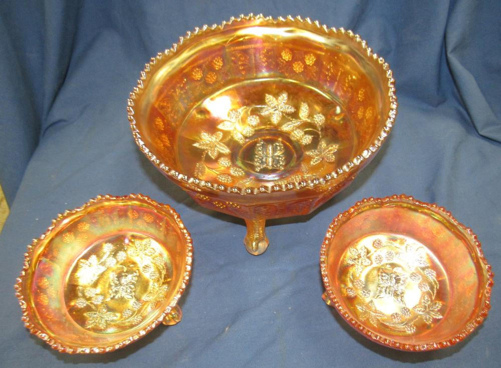 """Fenton Marigold Butterfly and Master Berry Carnival Glass Footed Bowl Set. 8"""" dia and Two 4 1/2"""" Dia., EC"""