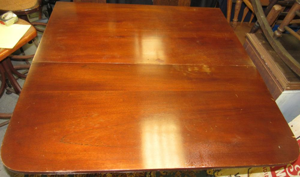 """Lot 76: Duncan Pyffe Drop Leaf Dinning Table, 40 x 23 Closed, 30""""H, with 19"""" Drops, All Responsibility for Shipping will be the Successful Bidder. You must arrange for pickup directly or by a shipper within 7 days after sale."""
