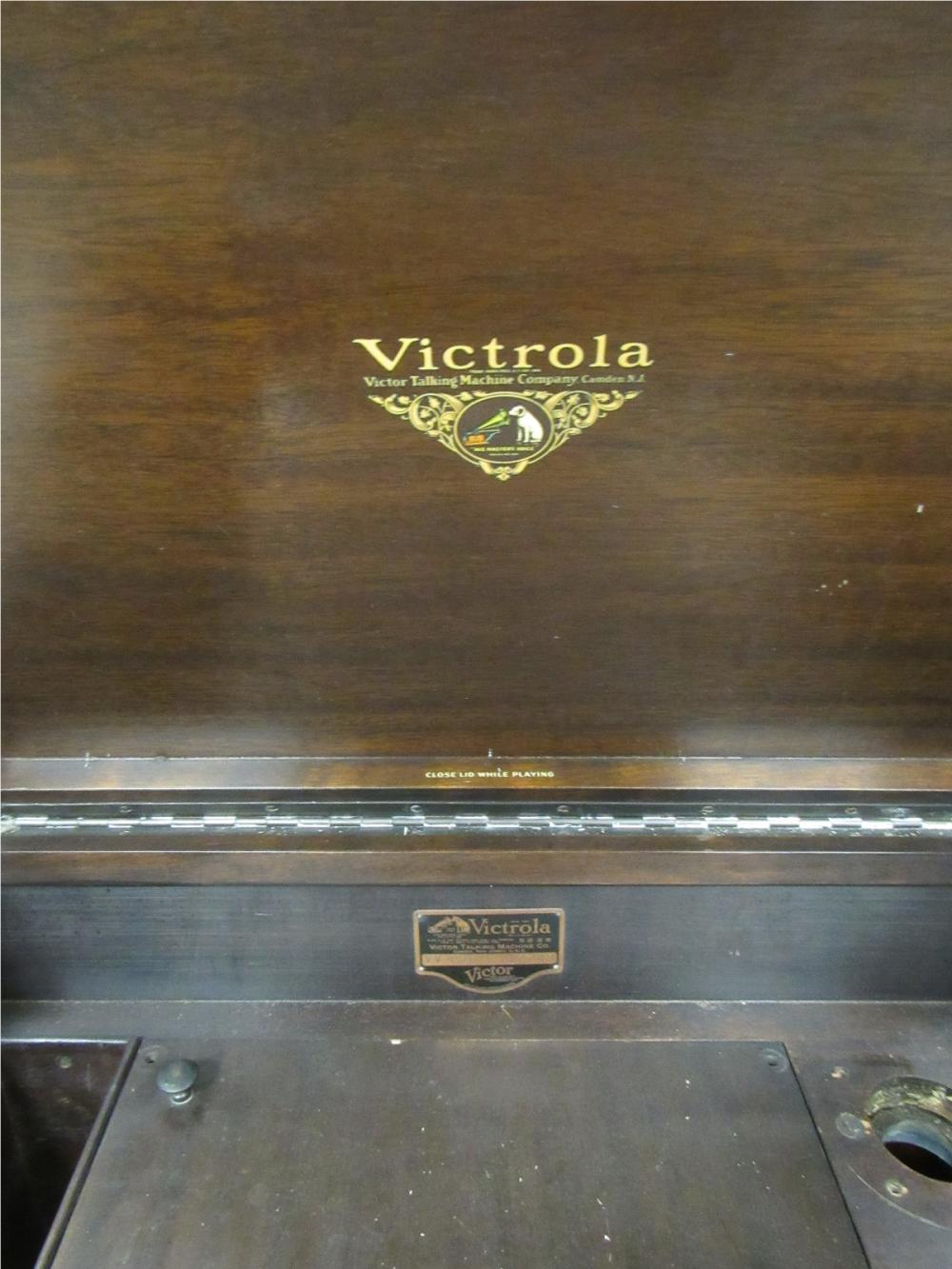 Lot 192: Vintage Victorola Cabinet, All Responsibility for Shipping will be the Successful Bidder. You must arrange for pickup directly or by a shipper within 7 days after sale.