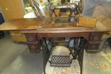 Lot 152: Oak Singer Trendle Machine with Accessories, All Responsibility for Shipping will be the Successful Bidder. You must arrange for pickup directly or by a shipper within 7 days after sale.