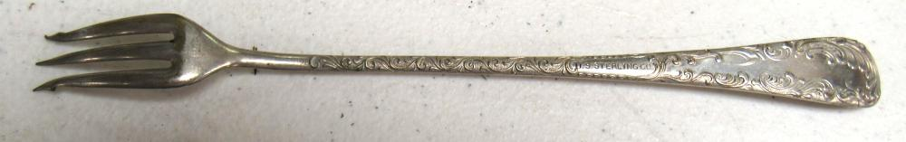 """Lot 101: Silver Plated US Sterling Co A1 Long 3 Tine Oyster Cocktail Fork 7-3/8"""", EC"""