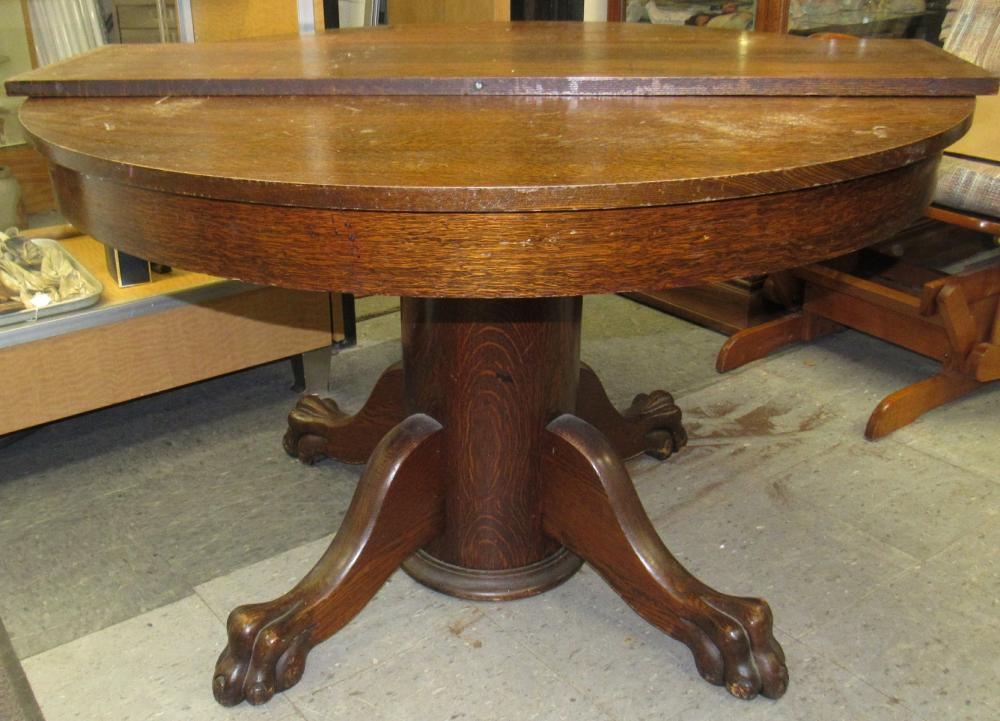"""Antique Oak Claw Foot Table 45"""" Dia x 28""""H, W/1-12"""" Leaf, All Responsibility for Shipping will be the Successful Bidder. You must arrange for pickup directly or by a shipper within 7 days after sale."""