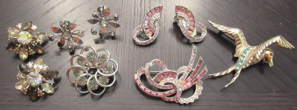 Nine Pieces of Vintage Rhinestone Costume Jewelry, EC