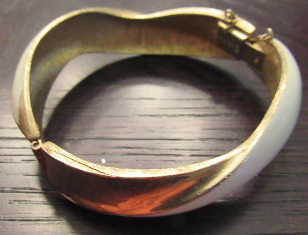 """Lot 34: Vintage Signed Kramer Hinged Bangle Bracelet Gold Tone W/ Safety, 2 1/2"""" x 2 1/2"""", EC"""