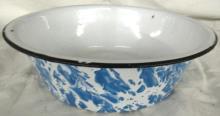 Antique Aqua Blue Swirl Enamelware Wash Bowl, 10