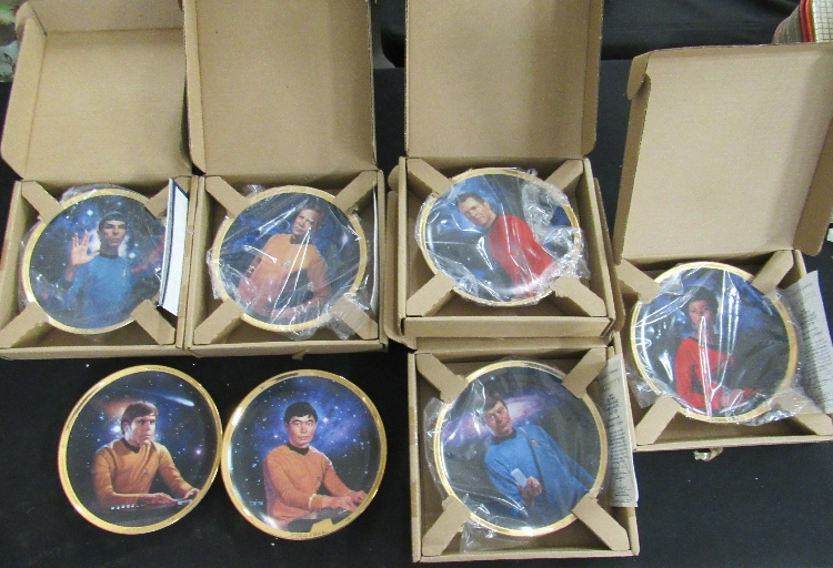 Seven Star Trek 25th Anniversary Commemorative Collection Plates, EC