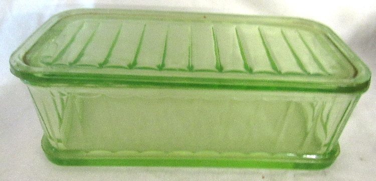 Collectible Green Vaseline Depression Glass Ribbed Refrigerator Dish with Lid, Inside rim of lid chipped. 8 1/4