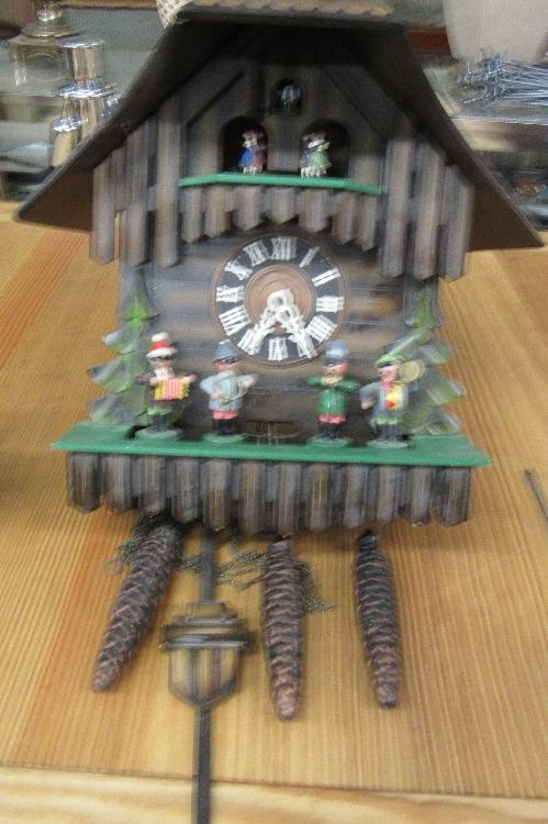 Kuner Cuckoo Clock Vintage Music Box Plays 2 Tunes, 15