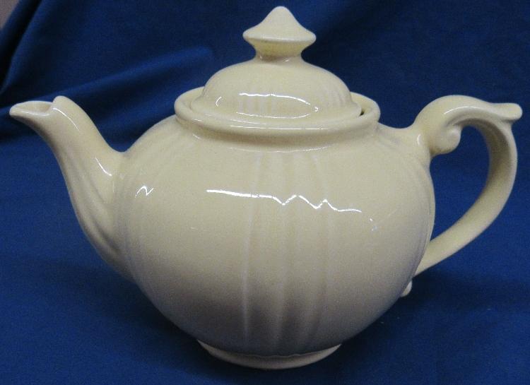 Vintage Dalton Tea Pot - Made in England - Large 5 Cup Capacity, 6