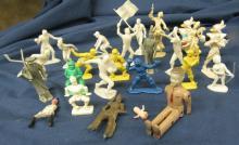 Vintage Lot Plastic Play Set Figures, 28, EC
