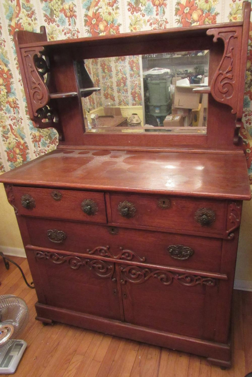 Antique oak sideboard buffet with carved details, All Responsibility for Shipping will be the Successful Bidder. You must arrange for pickup directly or by a shipper within 7 days after sale.