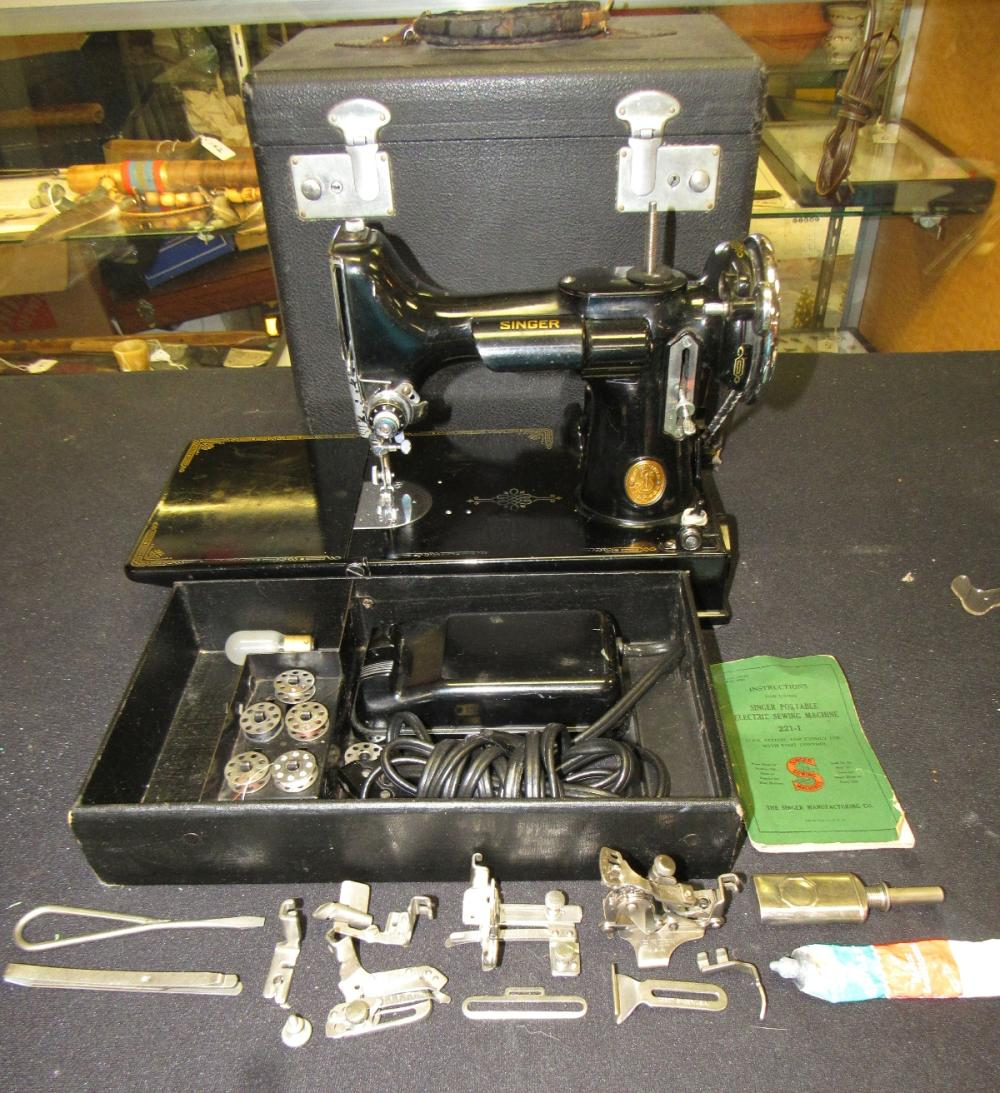 1939 Black Singer Featherweight 221-1 Sewing Machine And Accessories, EC