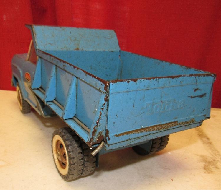 Lot 89 Vintage 1960s Tonka Hydraulic Dump Truck 520 Blue Pressed Steel Working