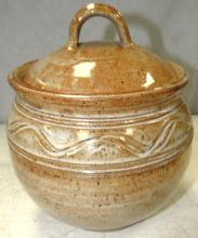 Clayfish Pottery Cookie Jar, 7