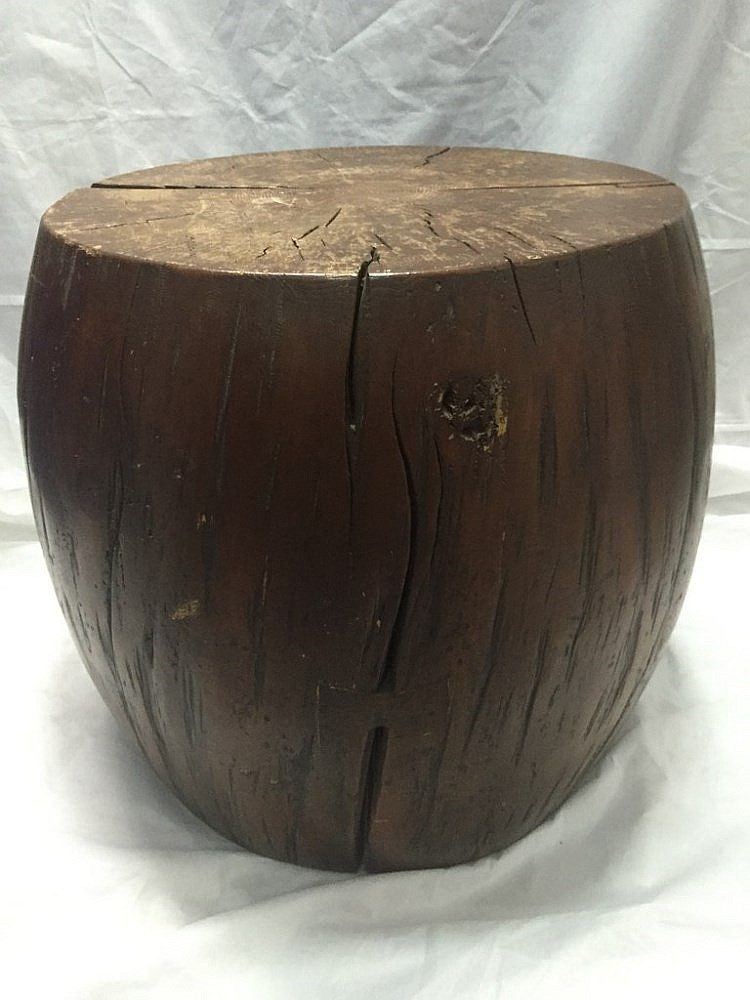 round tree trunk stool