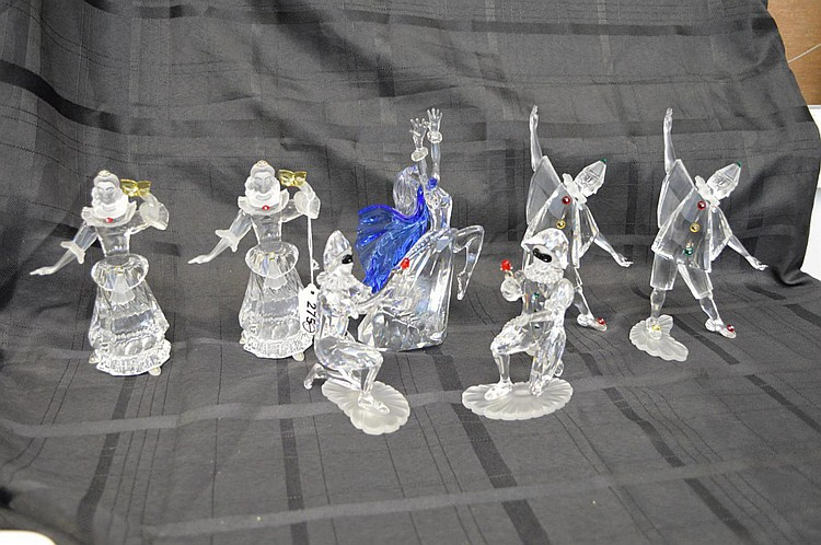 Collection of 7 Swarovski crystal figures, Magic of Dance, 2000, 2 Masquerade Pierrots (8
