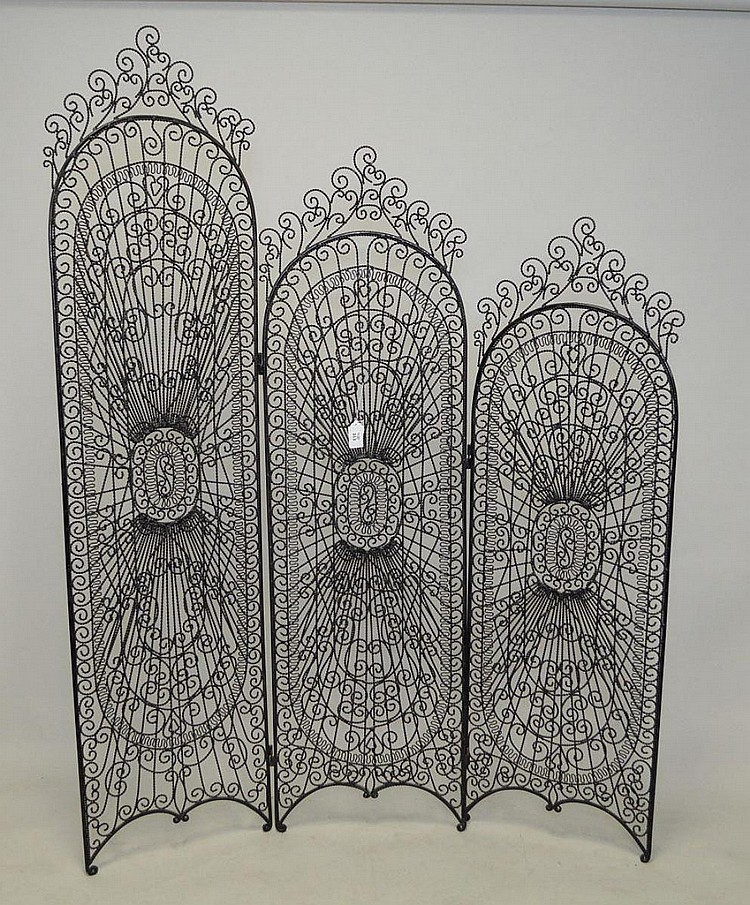 3 panel open work screen, twisted black metal in graduated size, 85
