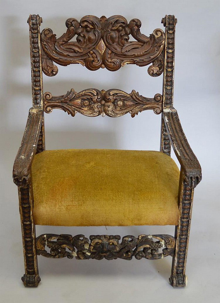 Renaissance arm chair, 16/17th c, gold upholstery, 43