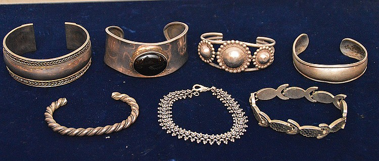 (7) sterling silver assorted bracelets