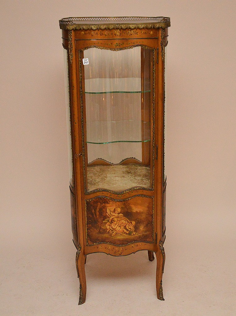 Verni Martin French vitrine with serpentine glass on 4 sides, gilt metal mounts and trim, 56 1/4
