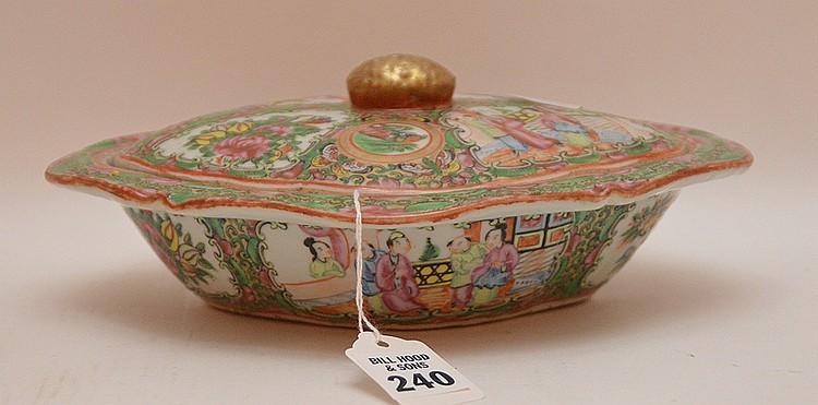 Rose Medallion Porcelain Covered Entrée Dish the top has a repair. Ht. 3 1/2