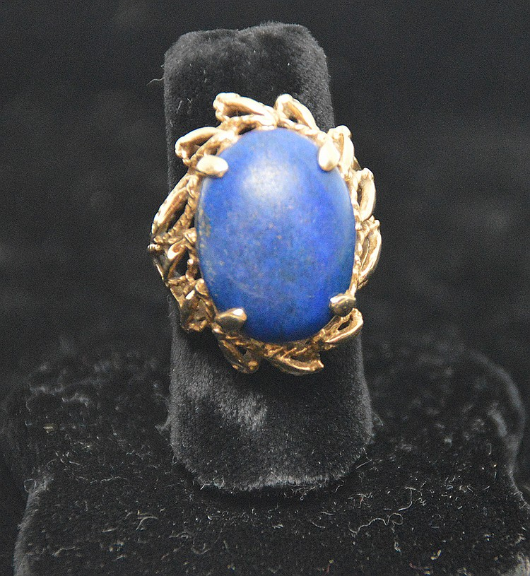 Ladies ring, 14kt gold, lapis stone