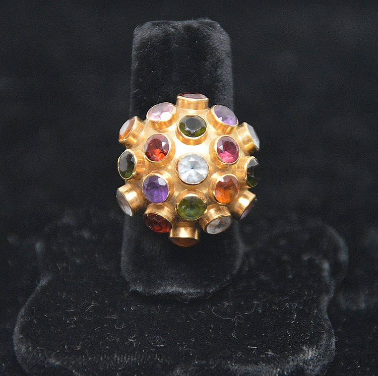 Ladies dome ring, 18kt gold, multi color semi-precious stones