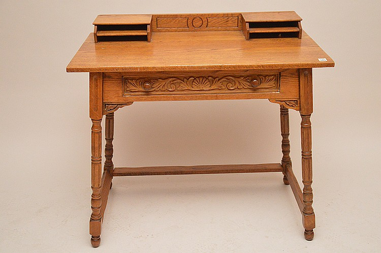 Oak writing desk, 29 1/2