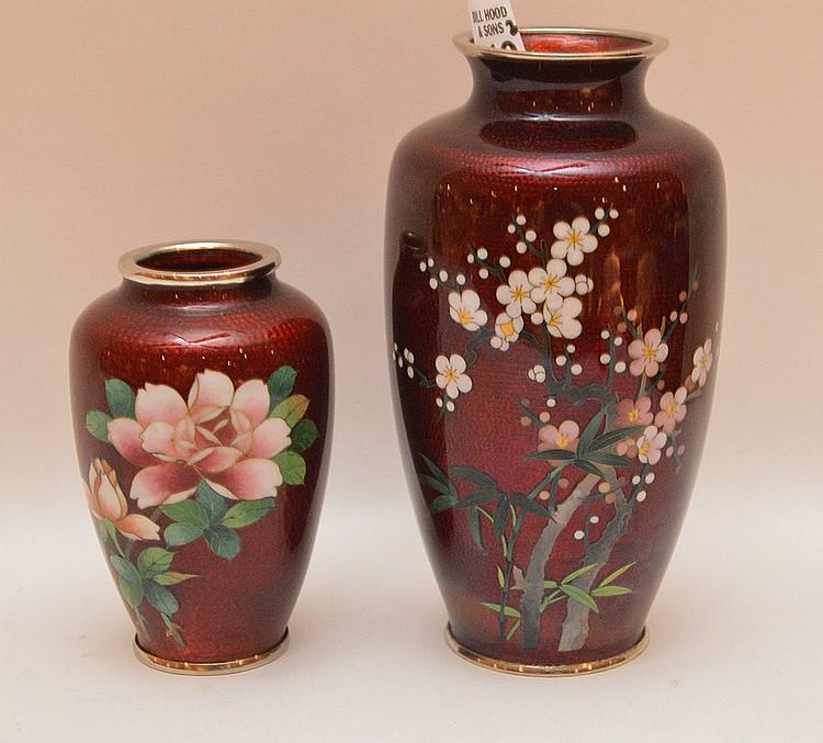 2 Japanese cloisonné vases, 5