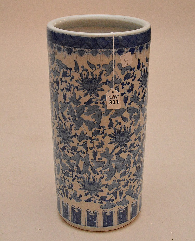 Chinese Porcelain Blue & White Umbrella Stand. Ht. 18