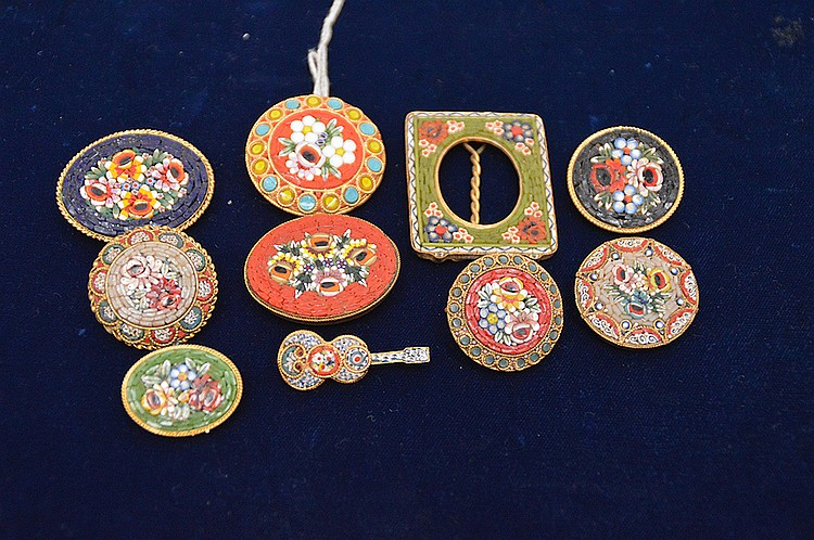 (10) pieces assorted mini mosaic pins