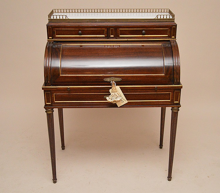Fine diminutive custom ladies writing desk, 40