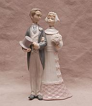 Lladro bride and groom, 7 1/2