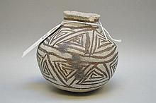 Puerco Black-on-White Pottery Olla Pueblo Anasazi Ancient Native American (ca ~850 AD - 1000 AD) 4.5