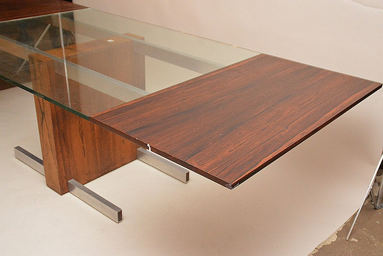Vladimir Kagan; Vladimir Kagan Designs, rosewood, Chrome & glass.  Vladimir Kagan Extension Dining Table, Dimensions (H,W,D): 29
