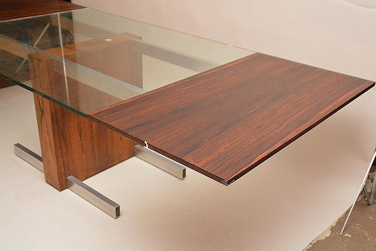 Vladimir Kagan; Vladimir Kagan Designs, rosewood, Chrome & glass. Vladimir Kagan Extension Dining Table, Dimensions (H,W,D): 29