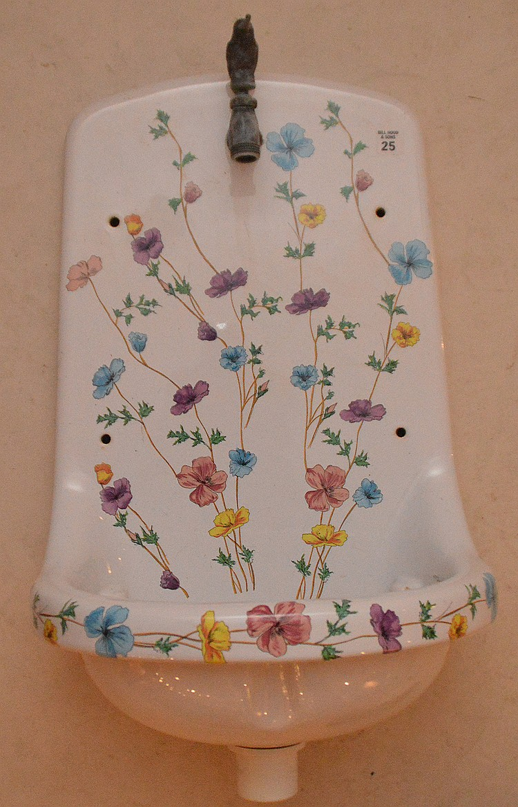 French porcelain painted garden sink, 25