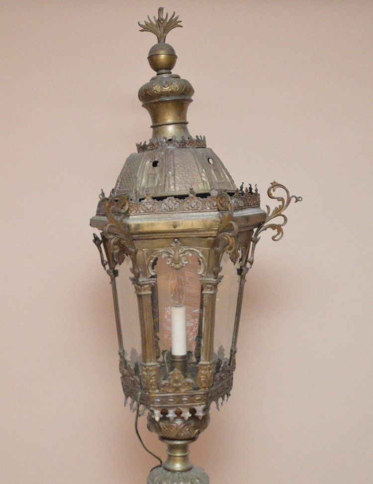 Standing floor lantern, electrified, approx. 86