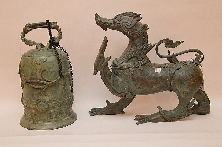 Chinese Bronze Bell with green patina Ht. 14