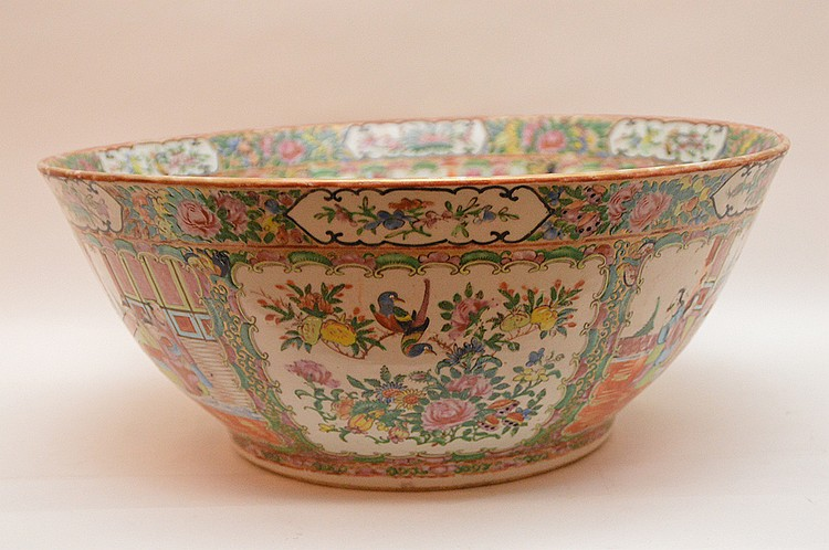 Chinese Rose Medallion Porcelain Punch Bowl. Ht. 6 3/4