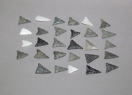 29 later woodland Susquehannock arrowheads