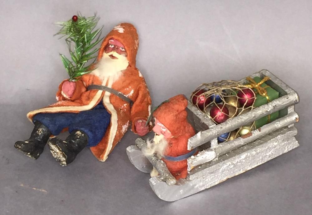 2 early German small Santa figures
