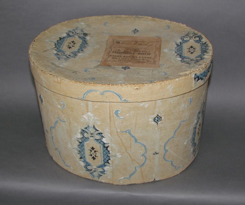 Brattleboro, VT oval lidded wallpaper hat box