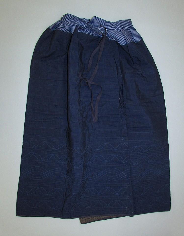 Blue ladies quilted petticoat