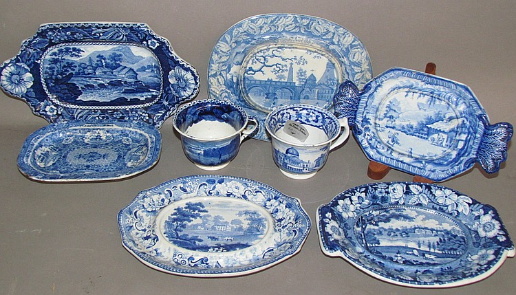Group of 4 under trays, 2 platters & 2 custard cups