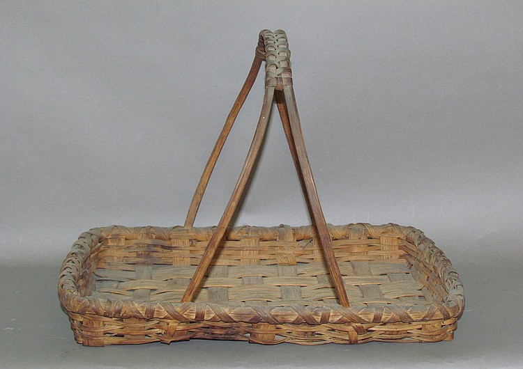 Early splint hickory tray bottom gathering basket