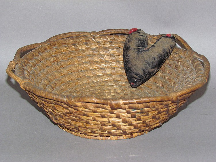 PA coiled rye straw sewing basket