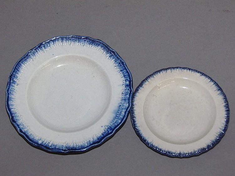 2 small English pearlware blue edged plates