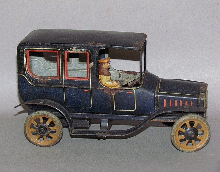 Pressed lithograph tin mechanical limo & chaffeur