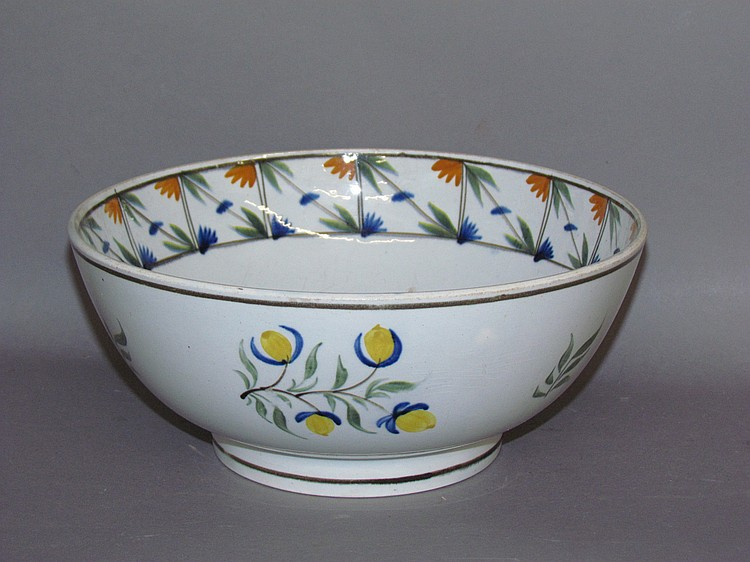 Footed English pearlware bowl